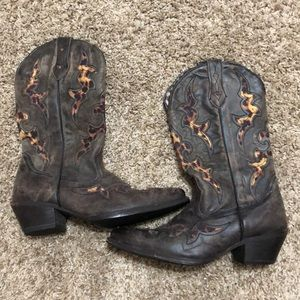 Shoes - Brown cowgirl boots